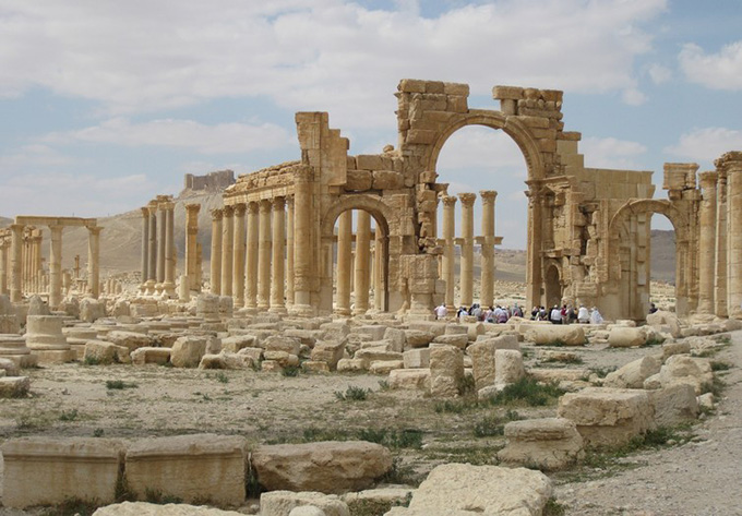 Manar Monumental Arch, destroyed by IS in 2015. Judith McKenzie/Manar al-Athar April 13 2010
